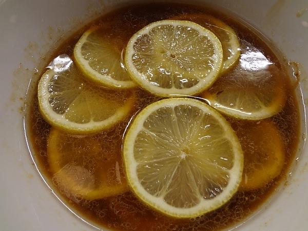「中華蕎麦 りんすず食堂」の「レモンラーメン」